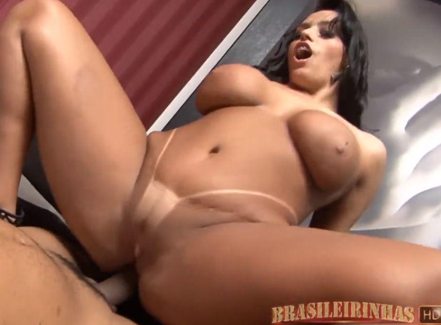 Video porno Regina Rizzi Brasileira rabuda PORN HD