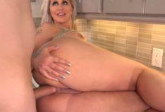 Sexo anal com Ryan Conner Milf gostosa PORN HD