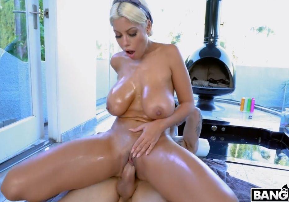 Sexo com loira peituda Bridgette B PORN HD