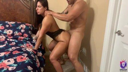 Milf com bundão gostoso querendo sexo anal forte PORN HD