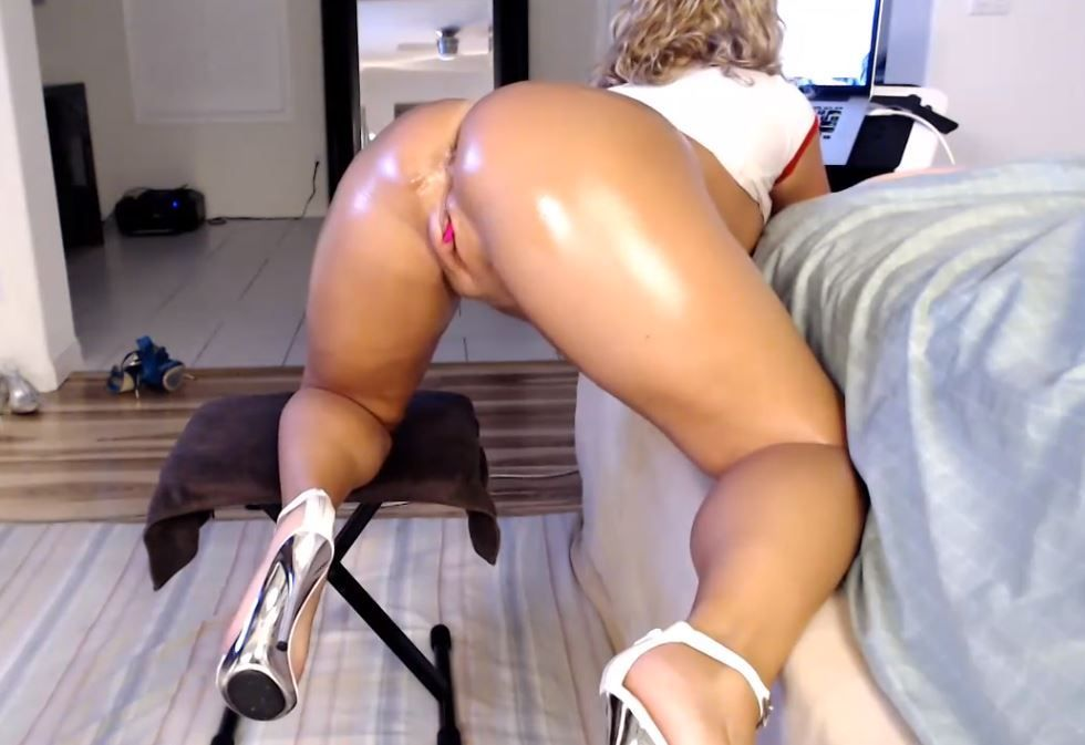 Milf bucetuda na webcam instantcamsnow PORN HD